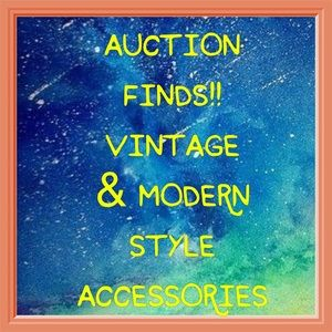 Auction & flea market jewelry & accessories